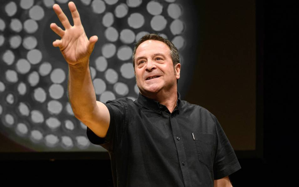 Mark Thomas tells us fifty things about ourselves.
