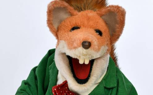 Basil Brush Looks to camera