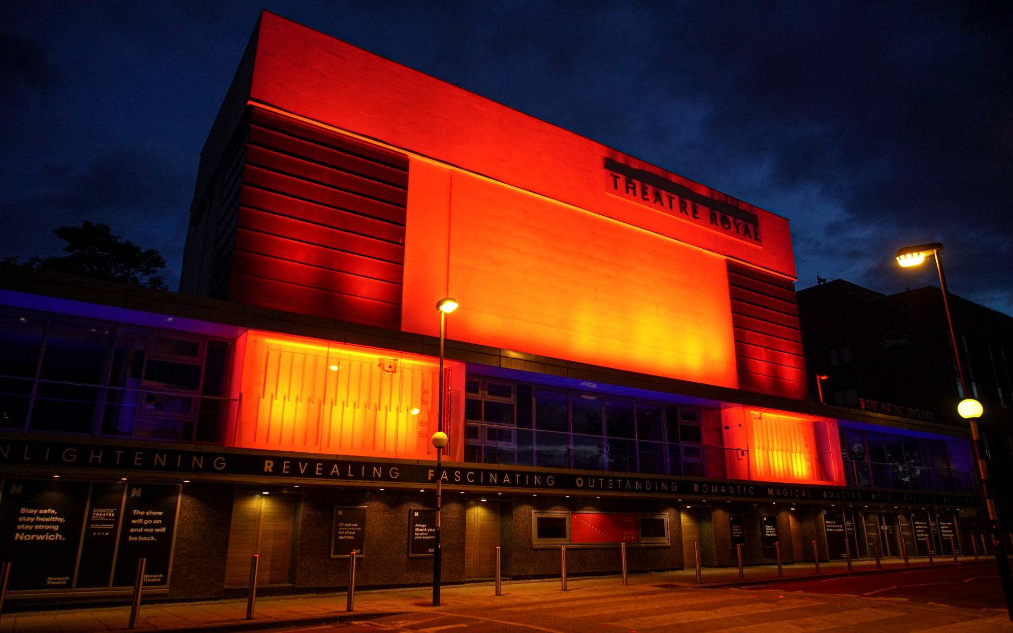Norwich-Theatre-Royal-Exterior-LightItInRed-Campaign